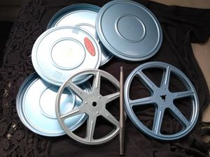 """Metal reels the small is 5"""",almost 6"""" for Sale in Wildomar, CA"""