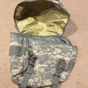 Army camo clothes and accessories for Sale in Strongsville, OH
