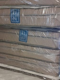 Queen Size mattress And Box Spring Same Day Deliver for Sale in Phoenix,  AZ