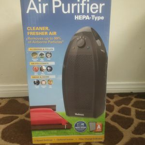 Air Purifier. Holmes HAP9412B-UA. HEPA-Type filtration removes 99% of airborne particles as small as 2 microns from air passing through the filter. for Sale in Norwalk, CA