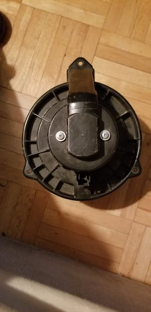 heater fan for99-04 jeep grand Cherokee many other parts all in great condition for Sale in Milford, CT