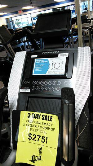 "Proform smart strider 8.0/895CSE elliptical w/ 5.5"" touchscreen for Sale in Glendale, AZ"