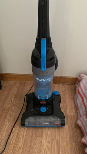 Bissell power force vacuum. Smoke free home. for Sale in Bristol, TN