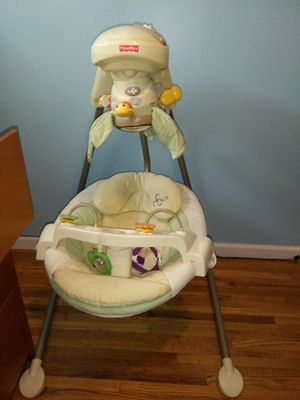 Baby swing for Sale in Bountiful, UT