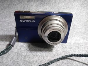 Olympus 12MP Digital P&S Camera Blue with Case for Sale in Apopka, FL