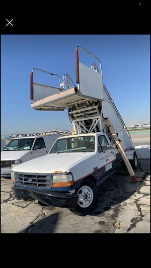 Ford F350 for sale doesn't run!! for Sale in Westchester, CA