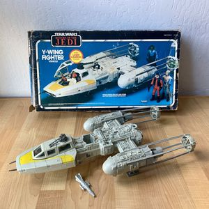 Vintage 1983 Kenner Star Wars Y-Wing Space Vehicle Toy With Bomb And Box for Sale in Elizabethtown, PA