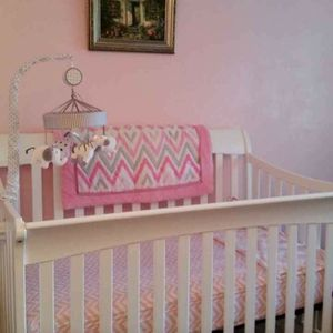 Crib, Barely Used for Sale in Austin, TX