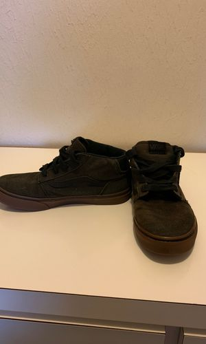 Vans off the wall size 6 for Sale in Monroe, MI