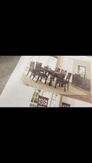 8 PC Kitchen Table for Sale in Greensboro, NC