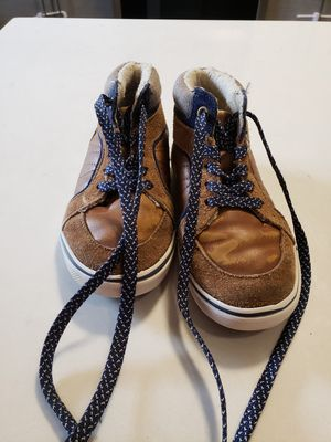 Size 10 Toddler OshKosh Boots for Sale in Boston, MA
