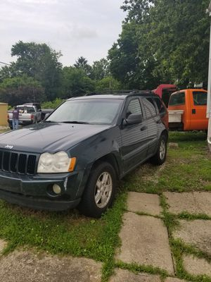 2005 jeep grand cherokee for Sale in Lancaster, OH