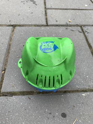 Used Flipping frog pool chlorine dispenser and insert for Sale in Roselle Park, NJ