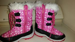 Girls Arti8 thinsulate Nordic - 3 pink boots size 2 for Sale in Largo, FL
