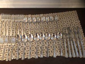 Oneida Beaded Artistry Stainless Silverware for Sale in Centreville, VA