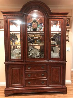 Biltmore Estate China cabinet. mahogany wood, antique china. for Sale in Los Angeles, CA