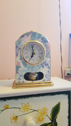 Small clock for Sale in Issaquah, WA