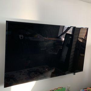 """Vizio 75"""" inch TV for Sale in Alexandria, VA"""
