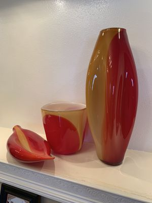 Three piece Lovely Hand Blown Glass Home Decorations. A1 Quality for Sale in Las Vegas, NV