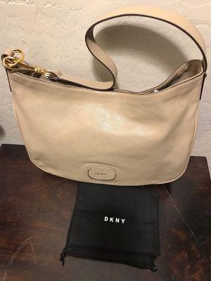DKNY beige purse for Sale in Chandler, AZ