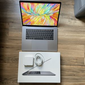"""Feb 2018 2.8GHz i7 15"""" MacBook Pro Touch Bar Retina High Performance similar To 2019 and 20 16"""" Great value for Sale in Los Angeles, CA"""