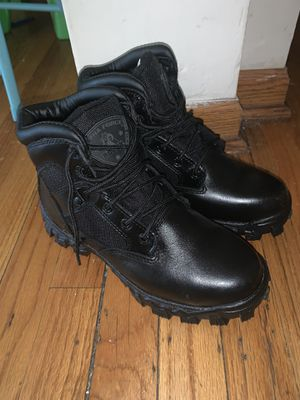Black work boots(5.5) for Sale in Chicago, IL