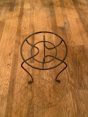Metal potted plant stand for Sale in Louisa, VA