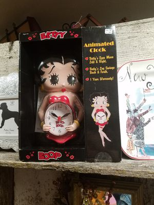 On Sale Now. Betty Boop clock, Guiness Pouring Spoon, Vintage Bird Cage, Wicker Vanity, & Pyrex, 3 Drawer Dresser divided drawers for Sale in Lodi, CA