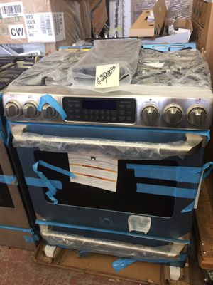 """New slide stove gas range convection oven GE CAFE stainless steel w 30"""" for Sale in South El Monte, CA"""