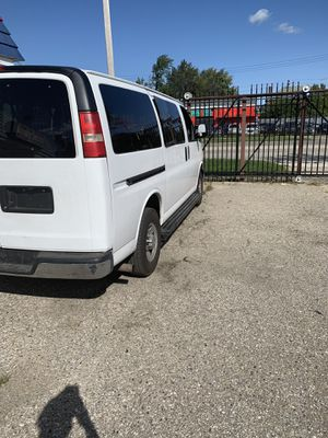 2012 Chevy express 3500 for Sale in Detroit, MI