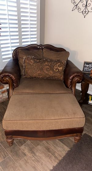 Living room furniture for Sale in Oak Glen, CA