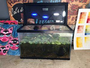 Fish tank for Sale in Hesperia, CA