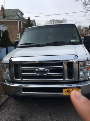 Ford E 350 2013 for Sale in New York, NY