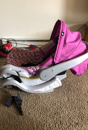 Baby car seat for Sale in Bellevue, WA