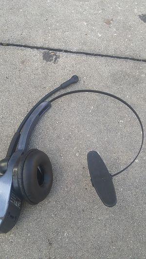 Blue parrott blue tooth headphones for Sale in Eustis, FL