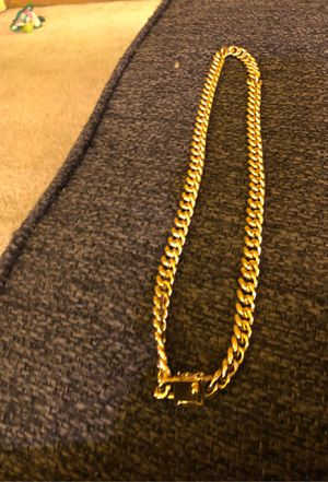 Gold Cuban link chain for Sale in Philadelphia, PA