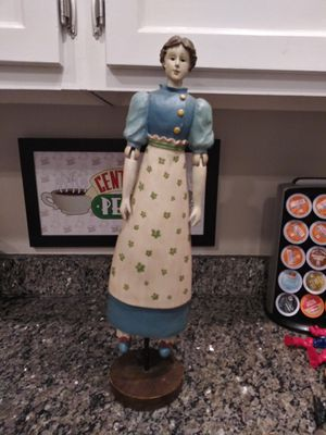 "27"" Antique woman wood doll AMERICANA for Sale in Gaithersburg, MD"