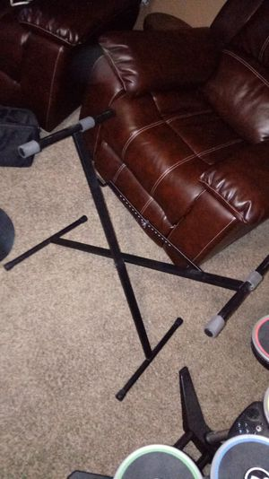 STURDY KEYBOARD STAND for Sale in Toms River, NJ