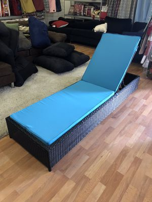 Pool Recliner , Outdoor Patio Furniture , Beach Chair for Sale in Bakersfield, CA