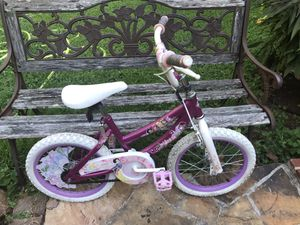 """14"""" bike used fair must pick up in Kennesaw off wade green road please serious buyers only for Sale in Kennesaw, GA"""