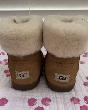 Toddler size 9 UGG brand boots Chestnut for Sale in Chula Vista, CA