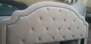 Polyurethane foam king side bed for Sale in Queens, NY