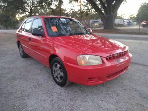 2003 Hyundai accent 4 doors sedan for Sale in Tampa, FL