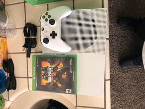 Xbox 1 S barely used. Call of duty black ops. 1 controller for Sale in Bakersfield, CA