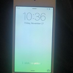 Apple iPod Touch 32gb for Sale in Clarksville, MD