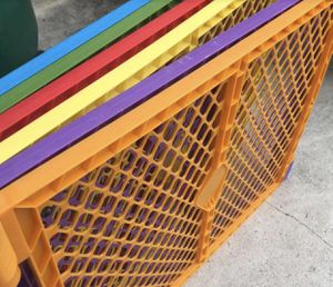 Gate for kids or pets for Sale in Miami, FL