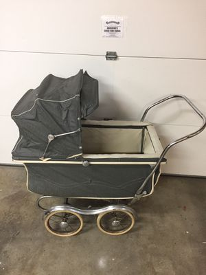 STROLL O CHAIR 1950's baby carriage for Sale in Tacoma, WA