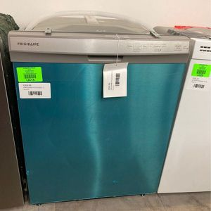 Frigidaire💦Dishwasher 💦 FFCS2418US A for Sale in Houston, TX