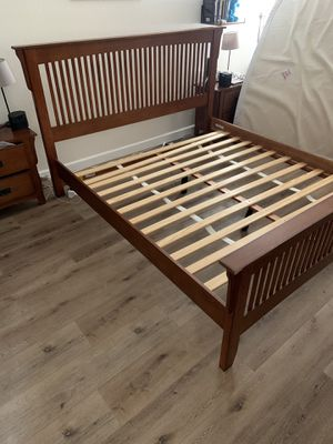 Mission Style King Bed Frame for Sale in Chula Vista, CA