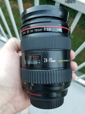 Canon 24-70 2.8L USM - $650 for Sale in Woodinville, WA